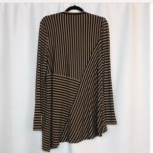 CAbi Tops - CAbi Striped Tunic Top